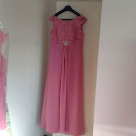 Beautiful dusky pink Hilary Morgan bridesmaid dresses