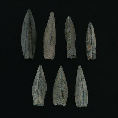 Ancient Weaponry Arrowheads Patinaed Triblade Trilobate Pyramid Lot of 6