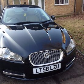 Black Jaguar XF 2008 immaculate throughout