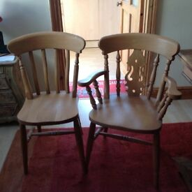 6 pine chairs including 2 carvers.