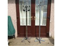 2 Coat and hat stands