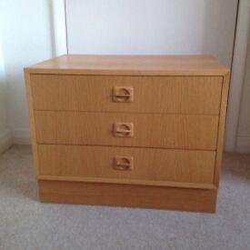 Beechwood chest of 3 drawers, made in Denmark, vintage 1970s in excellent condition