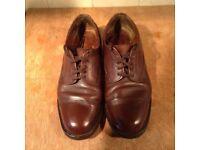 Mens brown Classic Veldtshoen shoes , size 9.5 ( Euro 43 )
