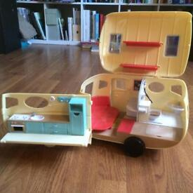 Sylvanians caravan and car