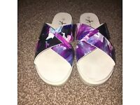 Purple marble women's sliders flip flops
