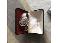 Vintage Timex gents watch still boxed stainless steel / silver colour