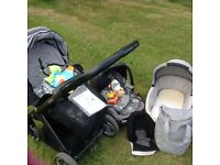 Oyster Travel System - inc carry cot, maxi cosi pebbles car seat and stroller -All baby needs!!!