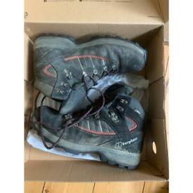 Berghaus boots size 9