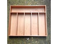 Wooden cutlery tray with 6 compartments