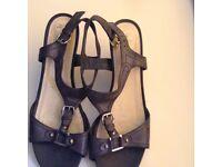 Ladies size 7 sandals