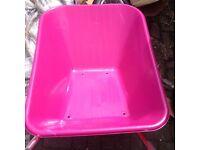 clipper pink wheel barrow no screws are in box