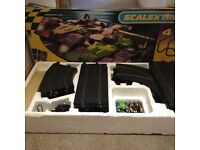 scalextric le mans full set with extra car and track boys toy game