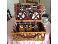 Picnic basket with 4 place settings £40