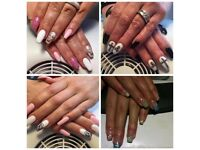 Queen's nails by Kattrin