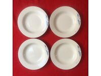 4 fine porcelain soup bowls by finesse. White with blue leaf detail to rim. £4 ovno lot. Can post
