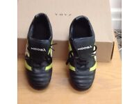 KooGa Rugby Boots Size 5 1/2