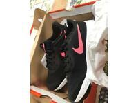 Nike trainers size uk 5 Kids