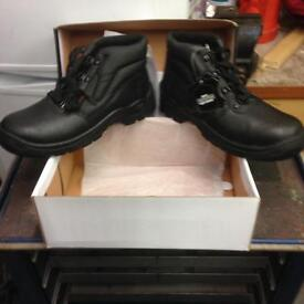 New in box work boots size 9