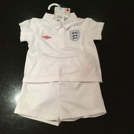 Baby's Umbro England Football kit age 6-12 months