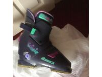 Nordica Ski Boots. Size 25.0 (39) with boot bag. Used for one season. Excellent condition