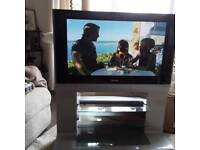 37 inch Panasonic Viera tv built-in Freeview.
