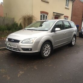 Rare top spec 2006 56 Ford Focus GHIA 1.6 TDCI Automatic Estate with options and New MOT