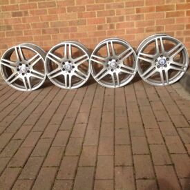 4 Mercedes alloy wheels 235 40 zr18 and 255 35 zr18 fore220 convertible £75 each phone for details