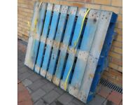 3 free pallets to anyone willing to collect