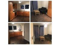Fantastic room ! Great Housemates! near centre