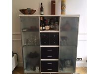 White and glass sideboard / shelf / bar cabinet / cupboard / display cabinet