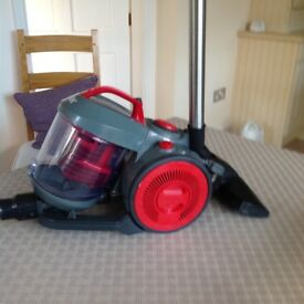 Vax vacuum cleaner includes tools telescopic tube and combination floor head