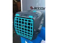 Cat carrier basket