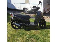 Sym symphony sr125 scooter moped low mileage nearly new