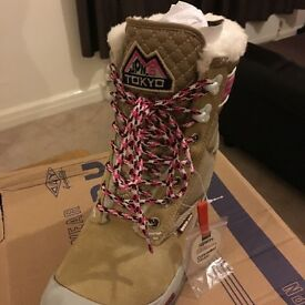 Superdry boots ladies/girls