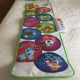 Leap Frog Learn and Groove musical mat