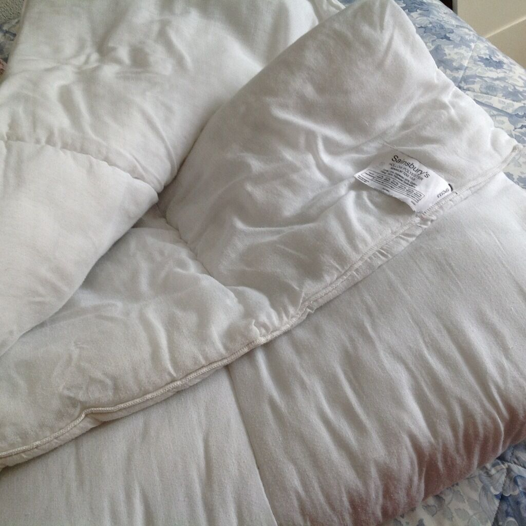 Sainsbury Bedroom Furniture King Size135 Tog Polyester Hollow Fibre Duvet From Sainsburys