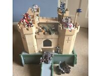 Knights Castle - Great for Christmas