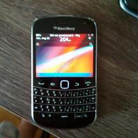 BlackBerry bold 9900 (unlocked)