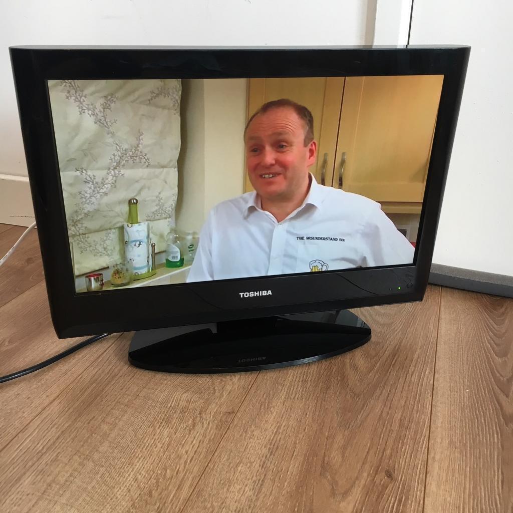 19 inch Tosiba TV
