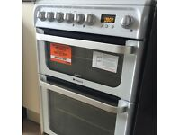 New hotpoint ultima White electric cooker