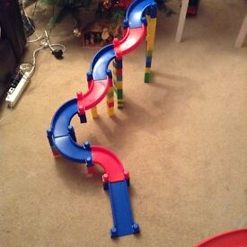 Megabloks track and blocks
