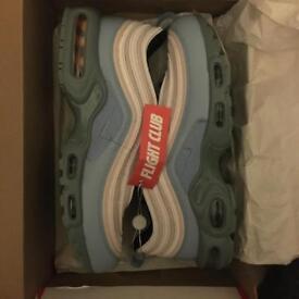 7764c3649ef5 Nike Air Max 97 plus size UK 8.5