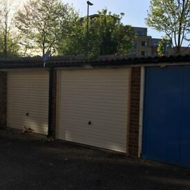 Garage to rent 5 min. from Tufnel park Tube Station. New door Good price