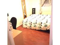 Large double room in Clapham