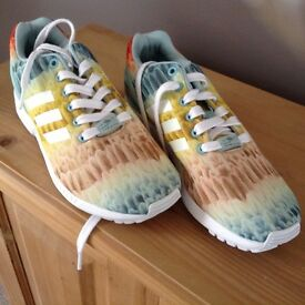 Adidas 'Torsion' trainers, size 6