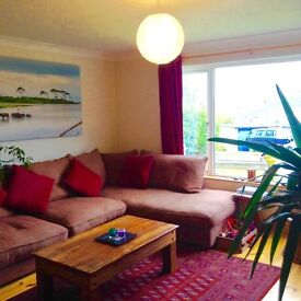 Porthleven - Lovely spacious two bed flat share with garden and sunset views-