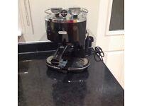 DELONGHI Icona micalite ecom 311.R coffee machine in black
