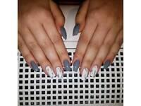 Gel / acrylic nails