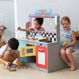 Teamson Kids Deluxe Double Sided American Diner Playset +14 Accessories RRP £249, BRAND NEW