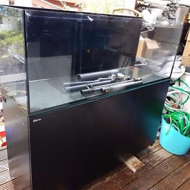 Red sea reefer 450 and other equipments for marine aquarium
